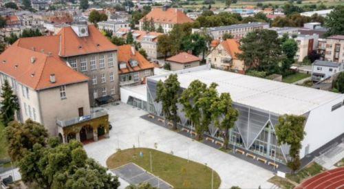 Uroczyste otwarcie hali Liceum Ogólnokształcącego im. H. Sucharskiego w Kępnie